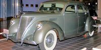 Lincoln Zephyr (1936-1942)