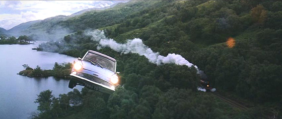 <b>harry-potters-ford-anglia-105e-in-the-air.jpg