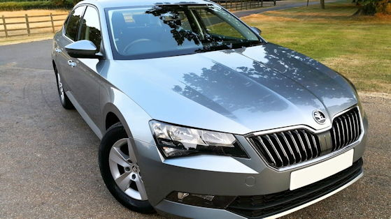 Škoda Superb B8, Typ 3V from 2015 to present  Body style  5-door liftback 5-door estate  Layout  Front-engine, front-wheel-drive or four-wheel-drive  Engine  1.4 L I4 turbocharged (petrol) 1.8 L I4 turbocharged (petrol) 2.0 L I4 turbocharged (petrol) 1.6 L I4 turbocharged (diesel) 2.0 L I4 turbocharged (diesel) Transmission  6-speed manual 6-speed automatic (DSG) 7-speed automatic (DSG)  Wheelbase  2,841 mm (111.9 in)  Length  4,861 mm (191.4 in)  Width  1,864 mm (73.4 in)  Height  1,468 mm (57.8 in)