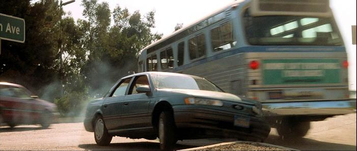 Speed (1994) film cars