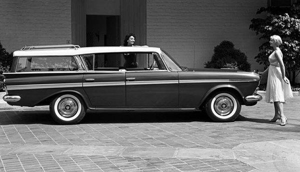 1960-AMC-Rambler-Ambassador-side-view