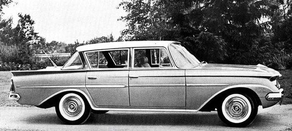 1961-AMC-Ambassador 4-door hardtop side view