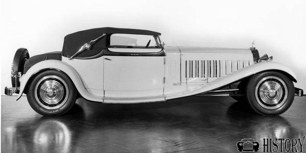 1930s Bugatti Royale side view