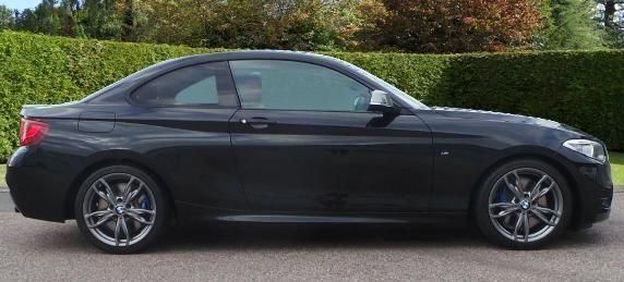 2014-BMW-2-Series M235i side