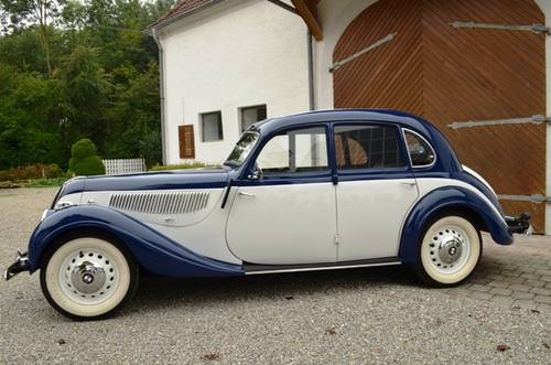 1939-BMW-335-side-view