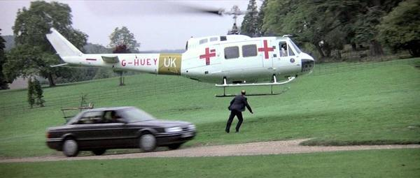 Rover 800 in The Living Daylights 007 film