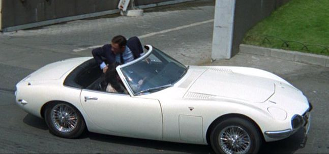 You Only Live Twice Toyota 2000 GT james-bond-007.