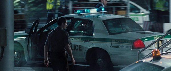 police Ford Crown Victoria in Casino Royale 007