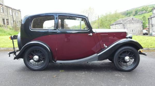 Morris Eight side view