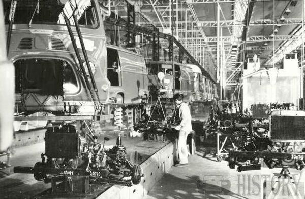 Renault Estafette Production Line