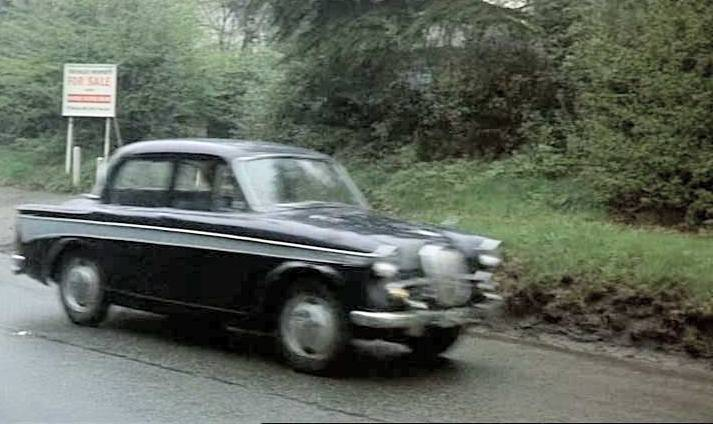 Singer Gazelle Series III in The Saint, TV Series
