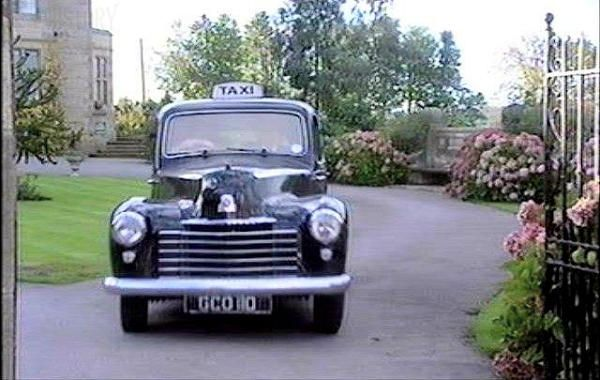 1950 Vauxhall Wyvern LIX taxi in Heartbeat, TV