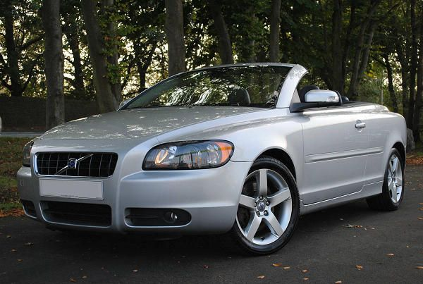 Volvo C70 2nd generation range