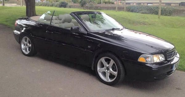 2001-Volvo-C70 roof down