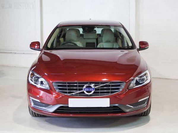 2014 Volvo S60 front view