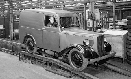 Bradford (Jowett Cars Ltd. )  Automotive manufacturer of Yorkshire;Great Britain from.1946 and 1954