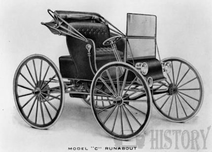 (Dowagiac Automobile Company)  Automotive manufacturer of Michigan and Chicago United States from 1908