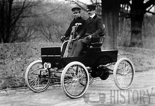 American Electric  American Automotive manufacturer Chicago.USA From 1899 to 1902