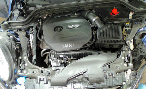 A Straight three engine (inline) mini bmw