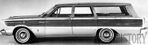 1965 Ford Country Squire Fifth generation side