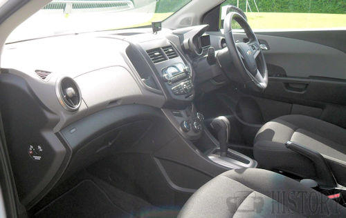 Chevrolet Aveo Second generation interior