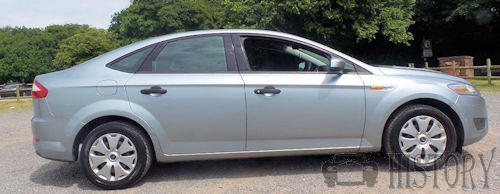 Ford Mondeo Mark 4 saloon side