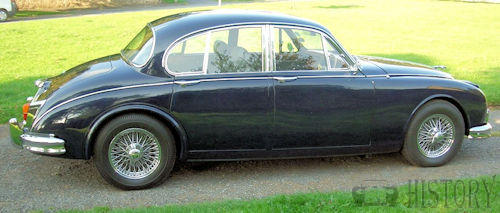 Jaguar Mark 2 side