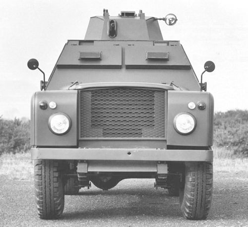Land Rover Shorland armoured car front