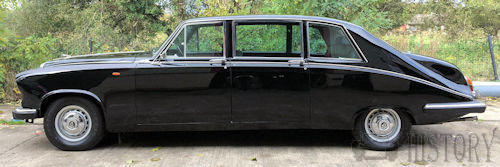 Daimler DS420 Limousine side view