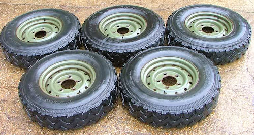 land_rover_wolf_Goodyear-G90s