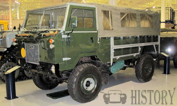 Land Rover 101 Forward Control side view