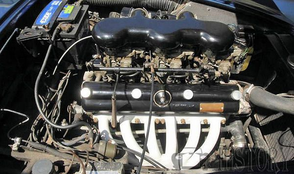 AC Greyhound engine view
